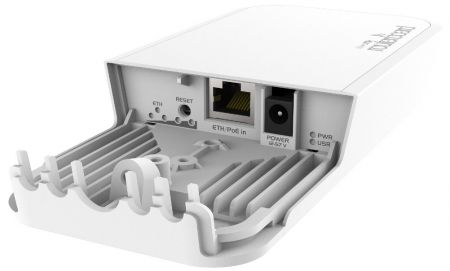 MikroTik RBwAPG-60ad interfaces